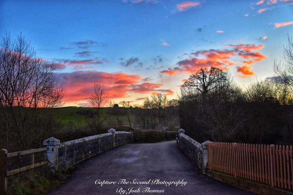 Sunset Over The Bridge In (josh Thomas)