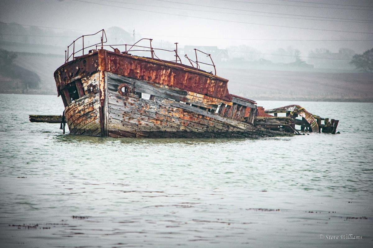 Trawler Yellow Fin At Her Final Resting Place. River Medina (stephen Williams)
