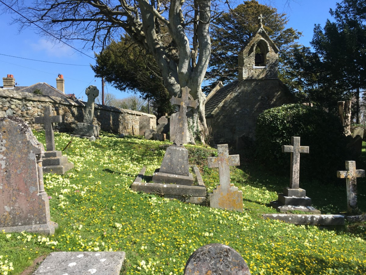 St Lawrence The Old Church Yard ~ Photo Credit Elmer Keith 2